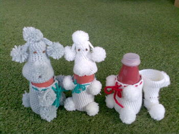 20061122_knitted_poodles_02