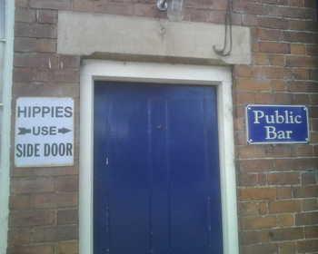 Hippy_entrance